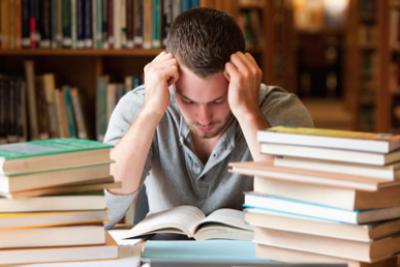 Estrés académico: ¿Cómo detectar y prevenir problemas de salud mental en los jóvenes?
