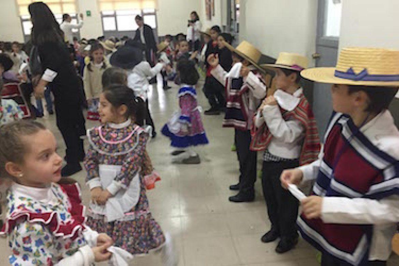 Pre School celebra Fiestas Patrias