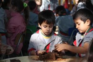 Pre school confeccionando Pesebres Navideños - 2019