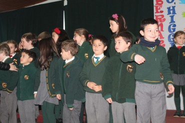 Playgroup, Pre Kinder, 1st and 5th Grade: Assembly