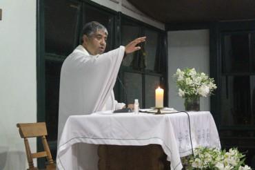 1st Grade: Consagración a la Sagrada Familia (11, May)