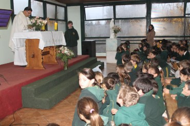 9th Grade: Mass Father`s Day (14,June)