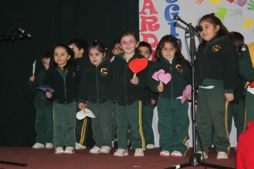 Playgroup, Pre Kinder, 1st and 5th Grade: Assembly (4, August)